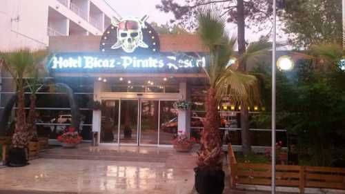Hotel Pirates Resort (fost Hotel Bicaz)