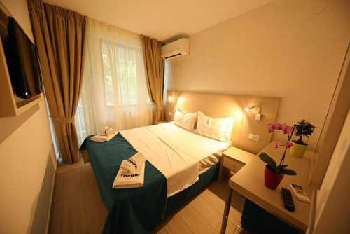 Hotel Delfinul