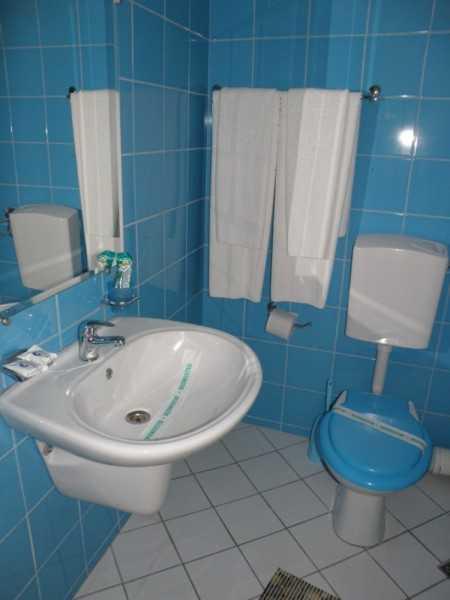 Amazing Home Gt Bathroom Gt Bathroom Tiles Gt HD Bathroom Wall Tiles