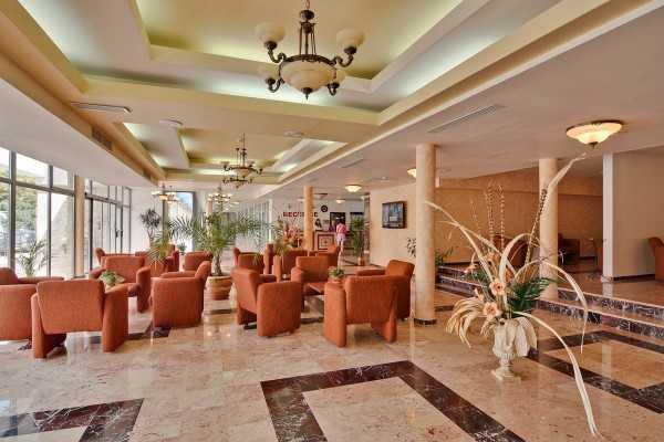 Foto Hotel Cleopatra Saturn