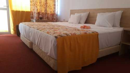 Foto Hotel Semiramis Saturn