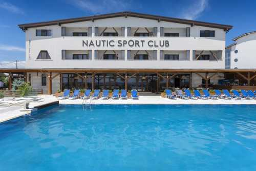 Foto Pensiune Nautic Sport & Luxury Club Mamaia Nord