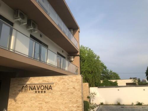 Foto Vila Navona - Locatie noua, deschisa in 2019 Saturn