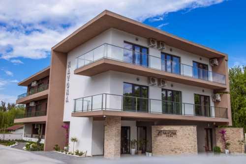 Vila Navona - Locatie noua, deschisa in 2019