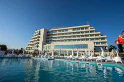 Photos of Malibu Hotel