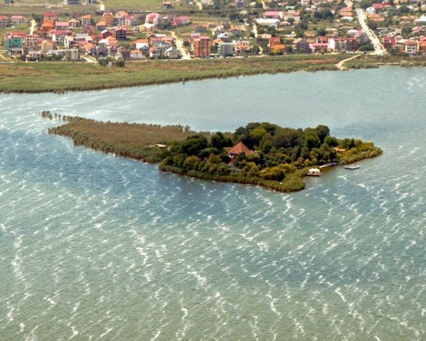 Ovid Island