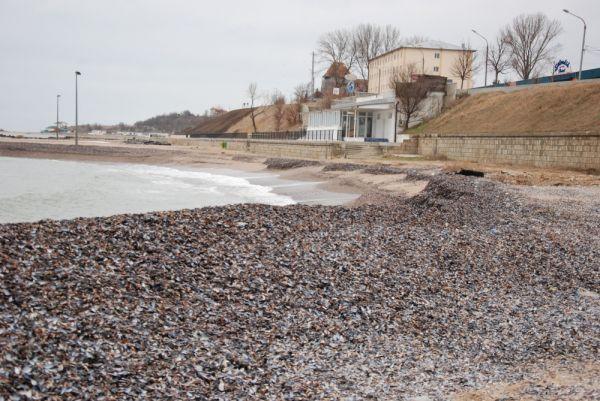 Incepe pregatirea plajelor pentru sezonul rece