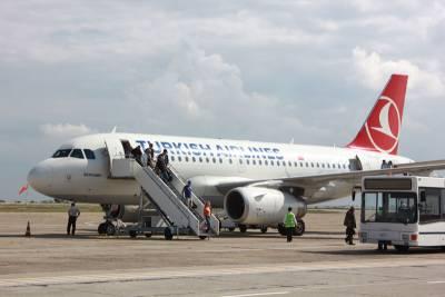 Cetatenii turci care vin pe litoral, ar putea primi vize pe aeroport