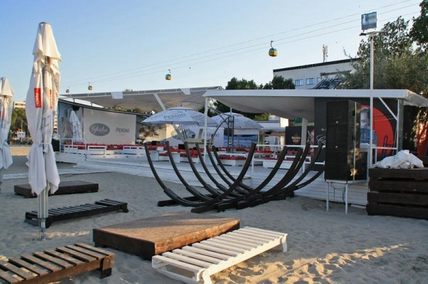 Club Cafe del Mar, Mamaia