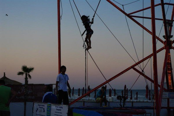 Bungee jumping pentru copii, Mamaia