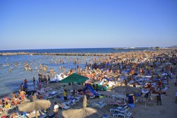 Plaja din Eforie Nord ...