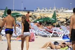 Pe plaja din Costinesti