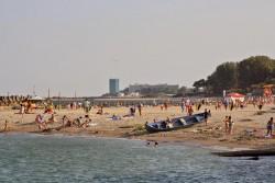 Priveliste de pe plaja din Olimp