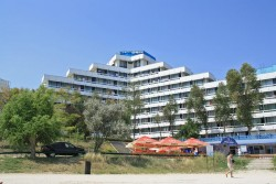 Hotel Onix 2**, Jupiter