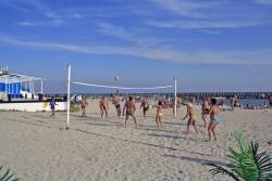 Distractie pe plaja din Venus