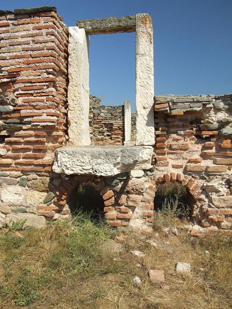 Obiective turistice pe litoralul romanesc: Cetatea Histria