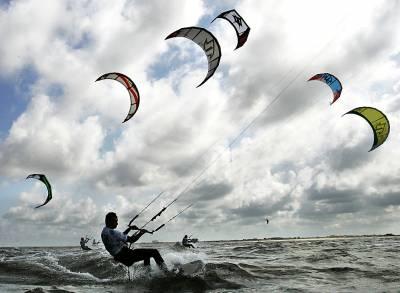 Kitesurfing-ul, intre pasiune si stil de viata